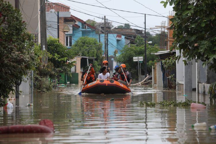 Banner program Bantu Segera Korban Terdampak banjir Bekasi  DKI
