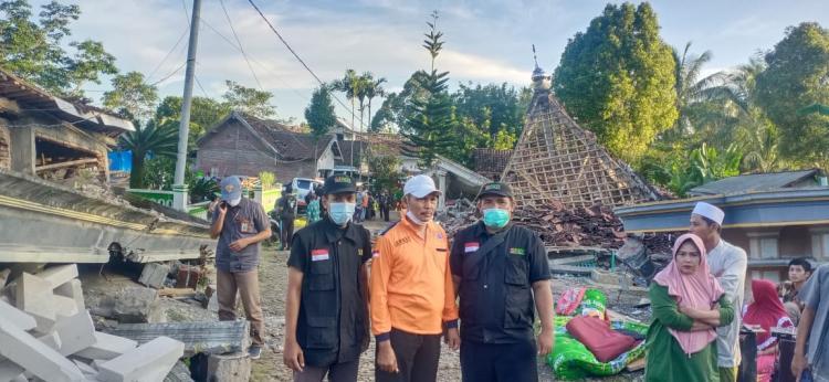 Banner program Gempa Jawa Timur Senyapkan Takbir Masjid Al-Falah