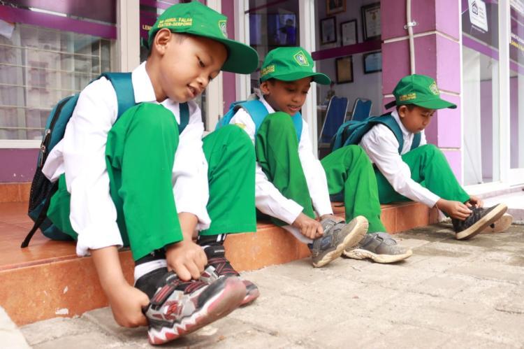 Gambar banner Bantu Pendidikan Yatim dan Dhuafa