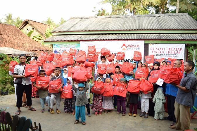 Donasi Parcel Lebaran untuk Yatim dan Dhuafa